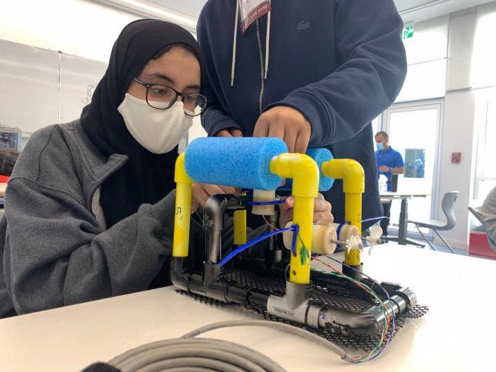 Texas A&M at Qatar STEM programme teaches QAST students underwater robotics